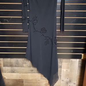 Basix II Dresses - Basix II size 4 black dress w/beaded accents